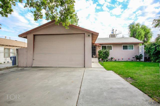 51 Garden Dr, Bakersfield, CA 93307