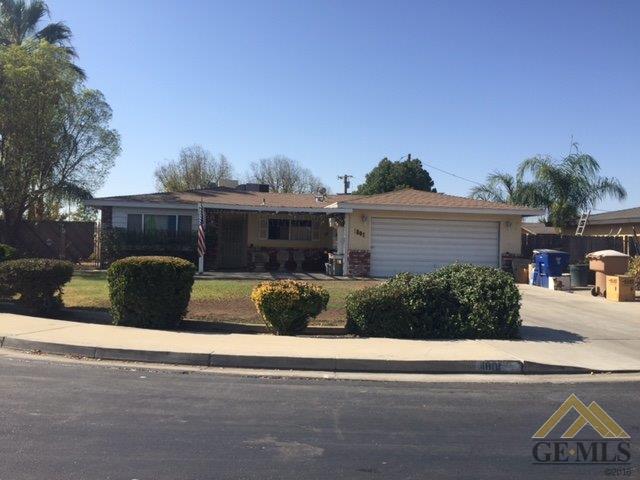 1801 Mallard Ct, Bakersfield, CA 93304