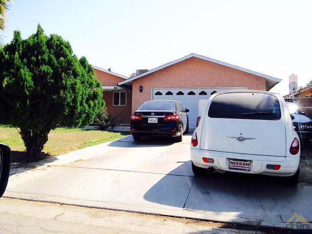 5608 Nicholas St, Bakersfield, CA 93304