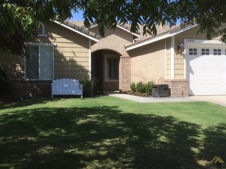 12406 Stonington Street, Bakersfield, CA 93312