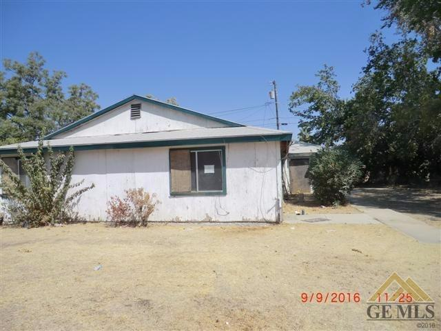 1018 Dolores St, Bakersfield, CA 93305