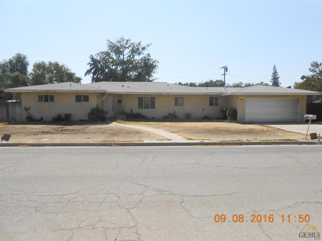 2517 Radiance Dr, Bakersfield, CA 93304