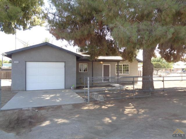 348 Spring Rd, Earlimart, CA 93219