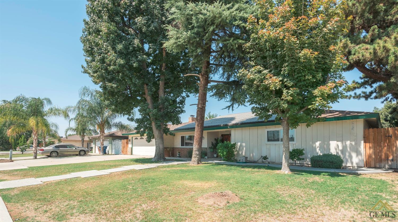 4200 Margalo Avenue, Bakersfield, CA 93313