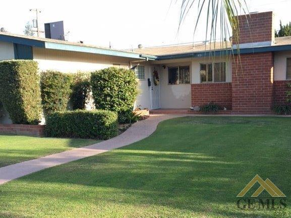 451 Atlantic Ave, Shafter, CA 93263