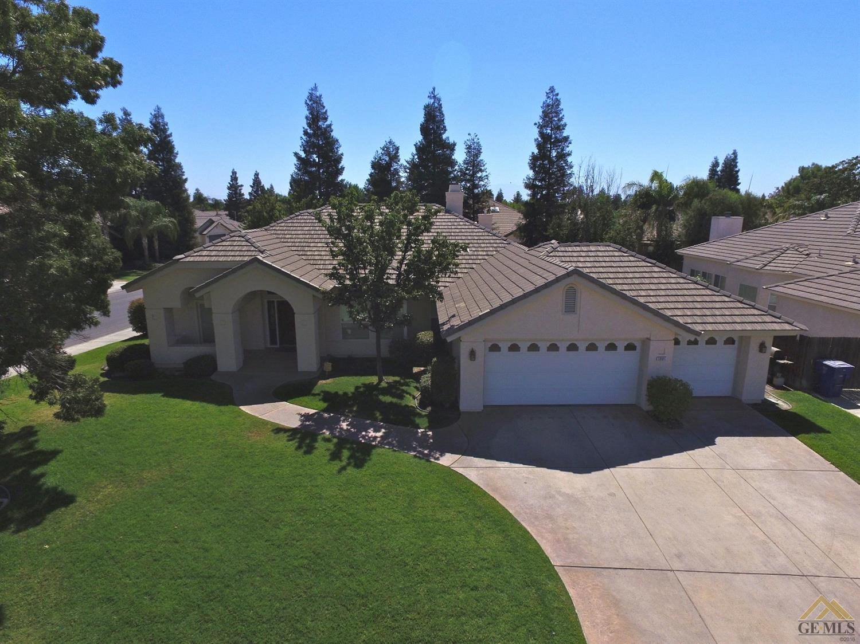 3901 Waverly Avenue, Bakersfield, CA 93313