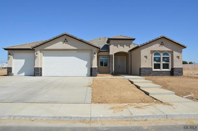 7118 Bluetail Ln, Bakersfield, CA 93312