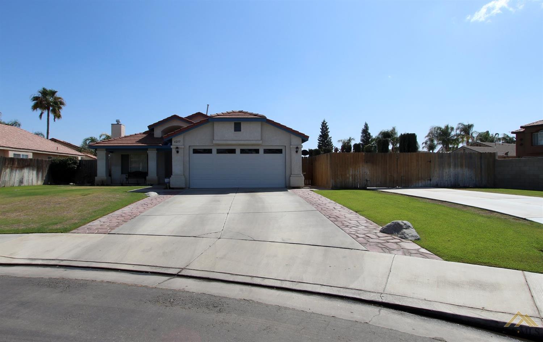 6217 Santo Domingo Court, Bakersfield, CA 93313