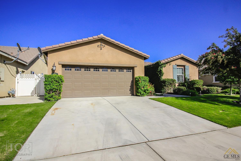 222 Spirea St, Bakersfield, CA 93314