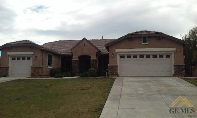 15103 Via Messina Dr, Bakersfield, CA 93306