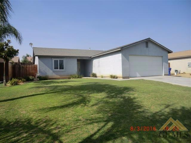 8514 Rosewood Avenue, Bakersfield, CA 93306
