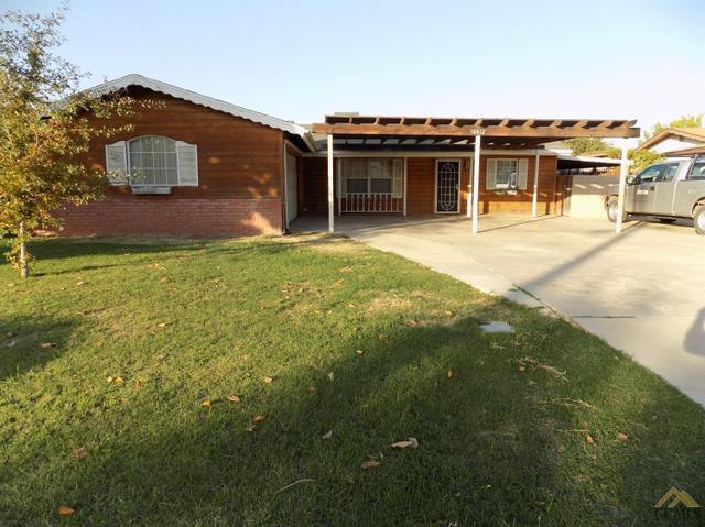 10612 La Cresenta Dr, Bakersfield, CA 93312