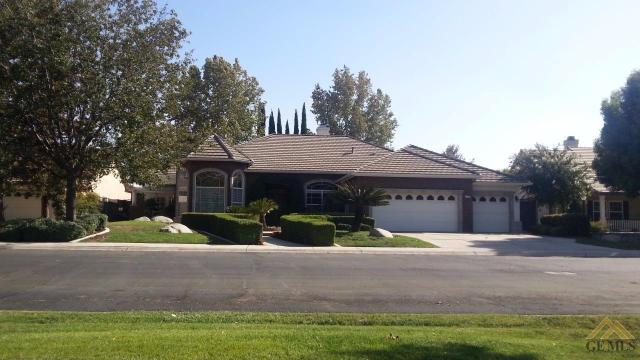 6725 Park West Cir, Bakersfield, CA 93308