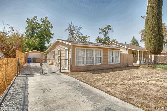 2833 Lake St, Bakersfield, CA 93306