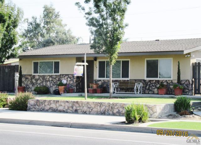 734 Randolph St, Delano, CA 93215