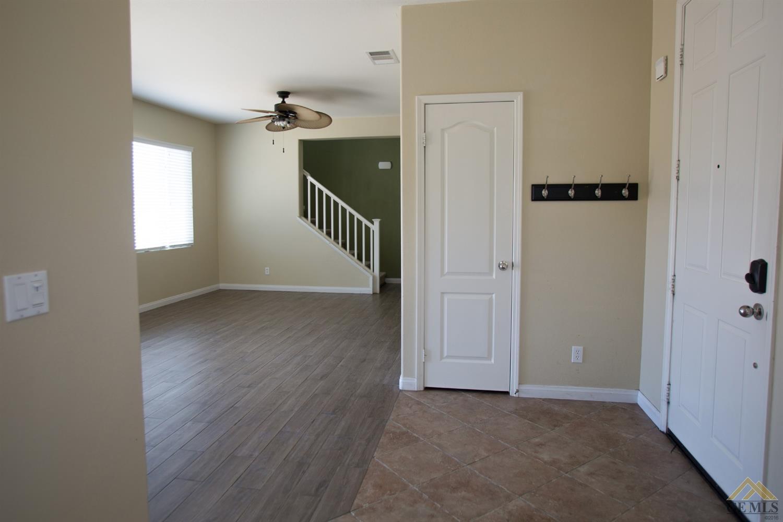 5602 Artesano Court, Bakersfield, CA 93306
