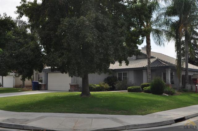 7401 Cupio St, Bakersfield, CA 93313
