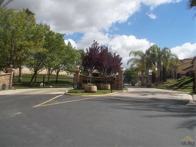 5411 Via Sorrento, Bakersfield, CA 93306