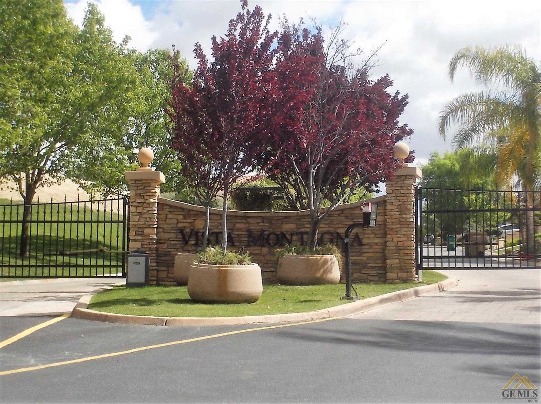 5411 Viaduct Sorrento, Bakersfield, CA 93306