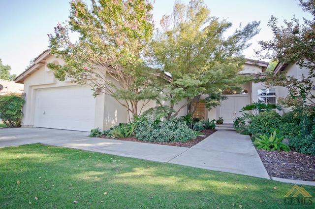 3401 Bathurst Ave, Bakersfield, CA 93313