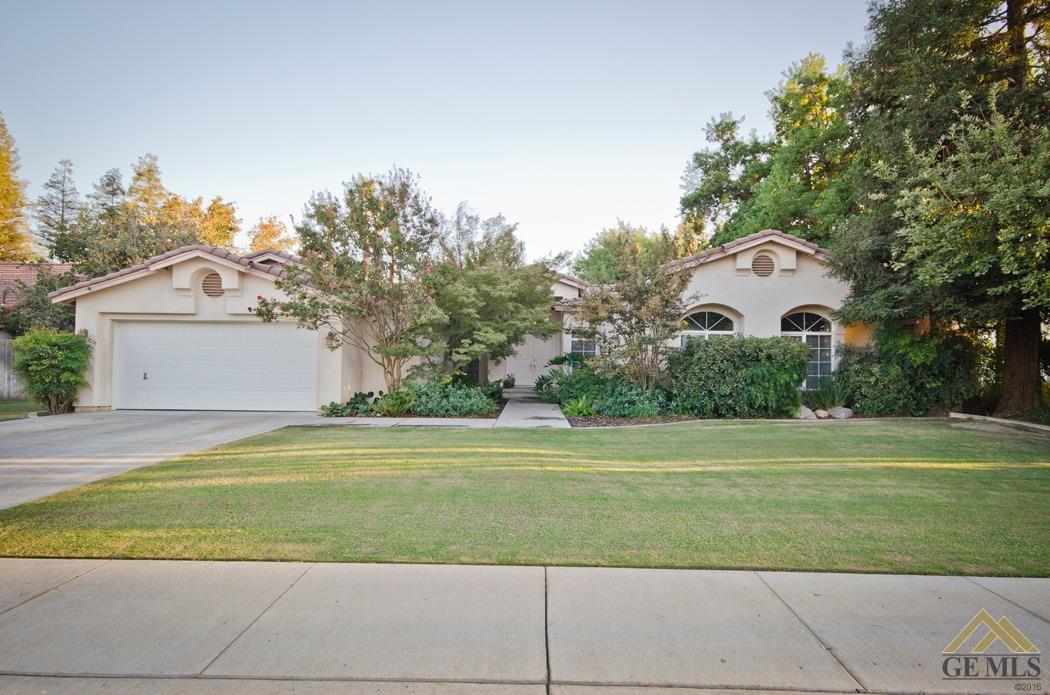 3401 Bathurst Avenue, Bakersfield, CA 93313