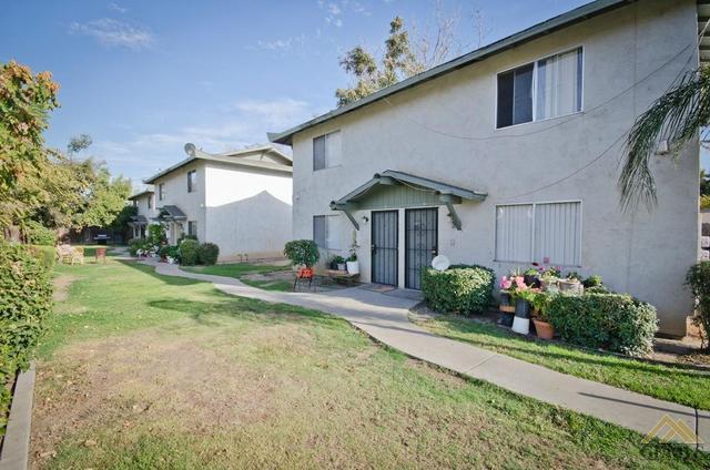 310 Hughes Ln, Bakersfield, CA 93304