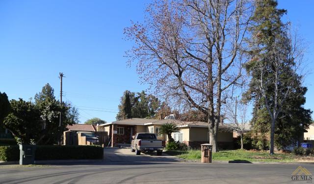1705 Doolittle Ave, Bakersfield, CA 93304