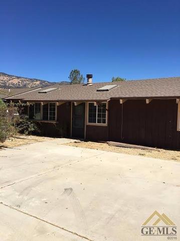 29461 Pinedale Dr, Tehachapi, CA 93561