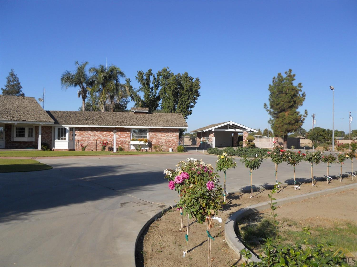 680 W Los Angeles Avenue, Shafter, CA 93263