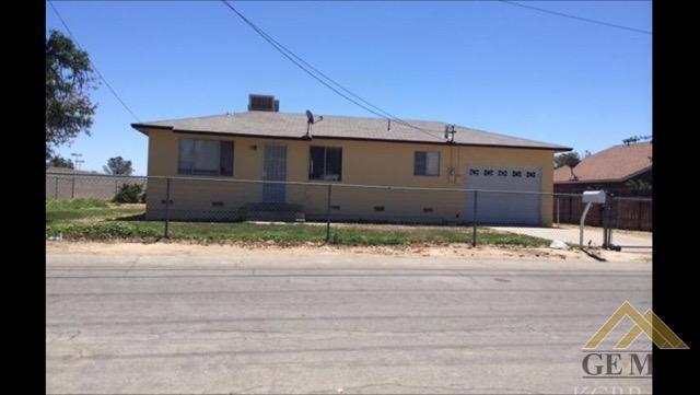 531 Kimball Ln, Hanford, CA 93230