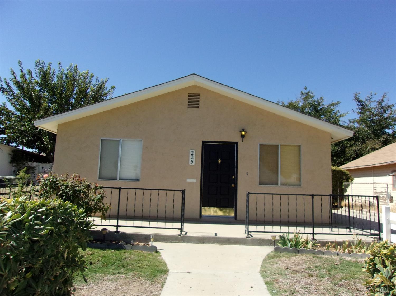 225 Shattuck Ave, Taft, CA 93268