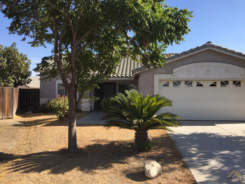 7608 Elsinore Avenue, Bakersfield, CA 93307