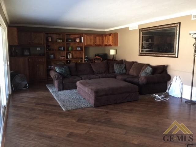 3626 Country Club Drive, Bakersfield, CA 93306