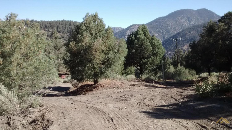 2301 Yellowstone Court, Pine Mountain Club, CA 93222