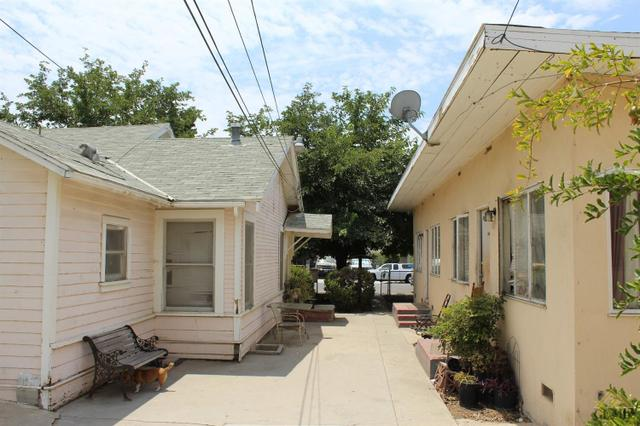 1300 Quincy Street St, Bakersfield, CA 93305