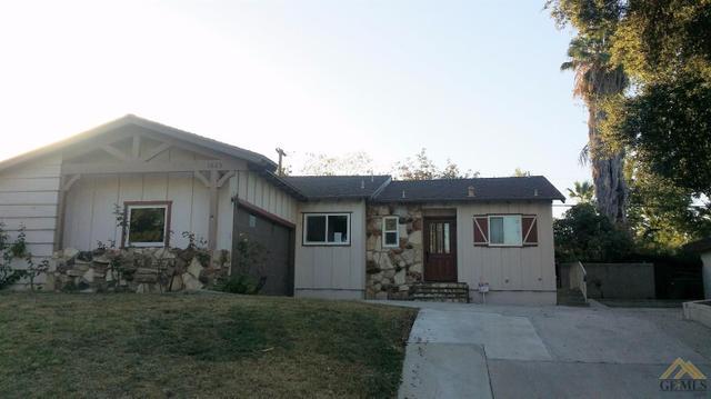 1825 Kent Dr, Bakersfield, CA 93306