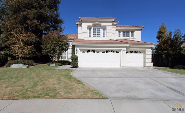 1300 Fieldspring Dr, Bakersfield, CA 93311