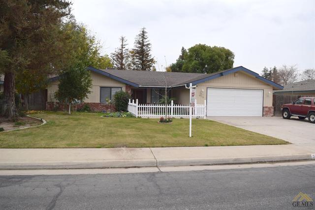 9713 Green Oak Pl, Bakersfield, CA 93311