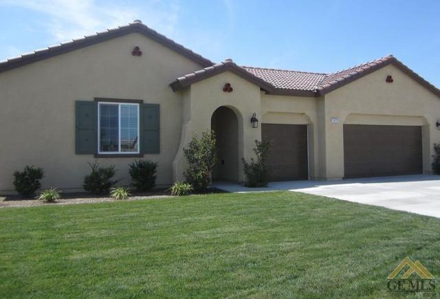 15723 Carparzo Dr, Bakersfield, CA 93314