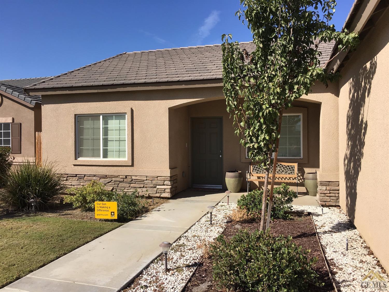 10816 Tamaron Drive, Bakersfield, CA 93311