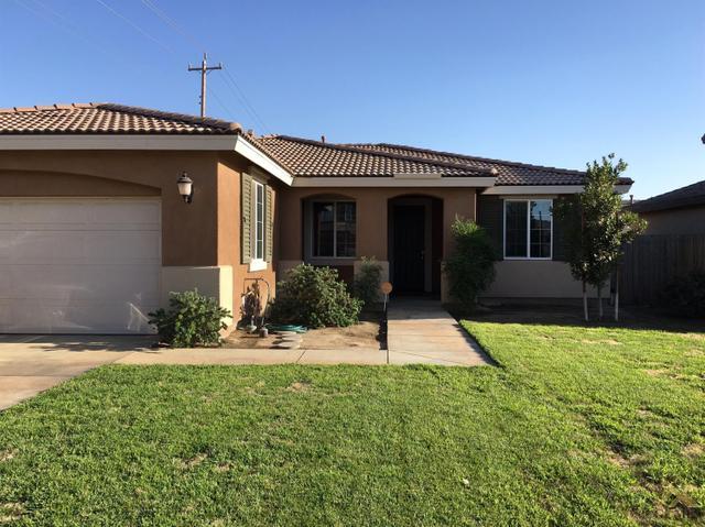 10501 Pointe Royal Dr, Bakersfield, CA 93311