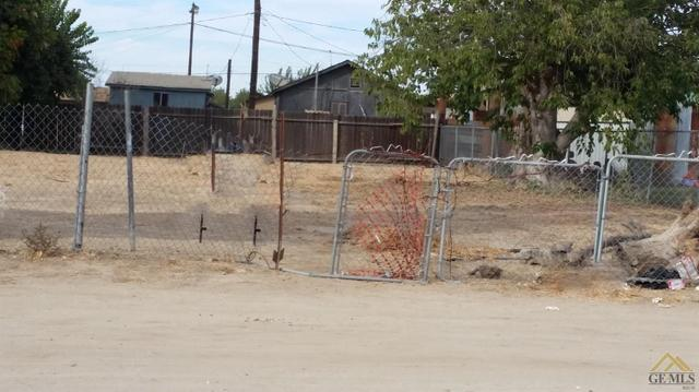 664 Fresno Ave, Shafter, CA 93263