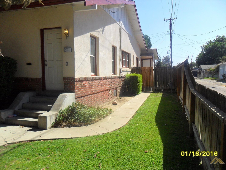 2109 Palm St, Bakersfield, CA 93304