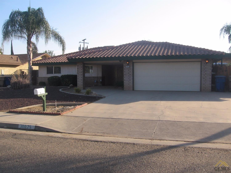 10025 San Emidio Street, Lamont, CA 93241