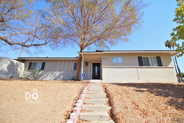 3210 Jade Avenue, Bakersfield, CA 93306