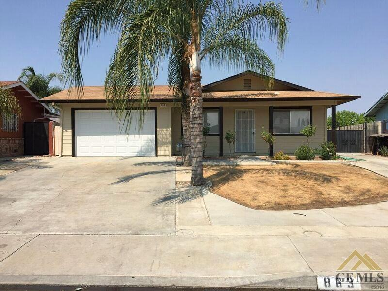863 Clarence St, Shafter, CA 93263