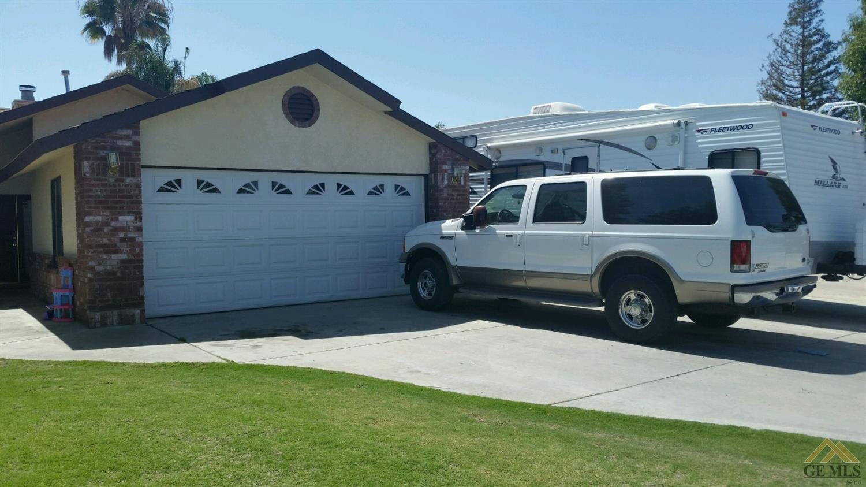 605 Bridle, Bakersfield, CA 93307