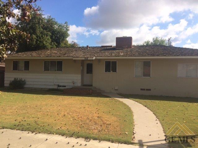 918 Cedar Ave, Wasco, CA 93280
