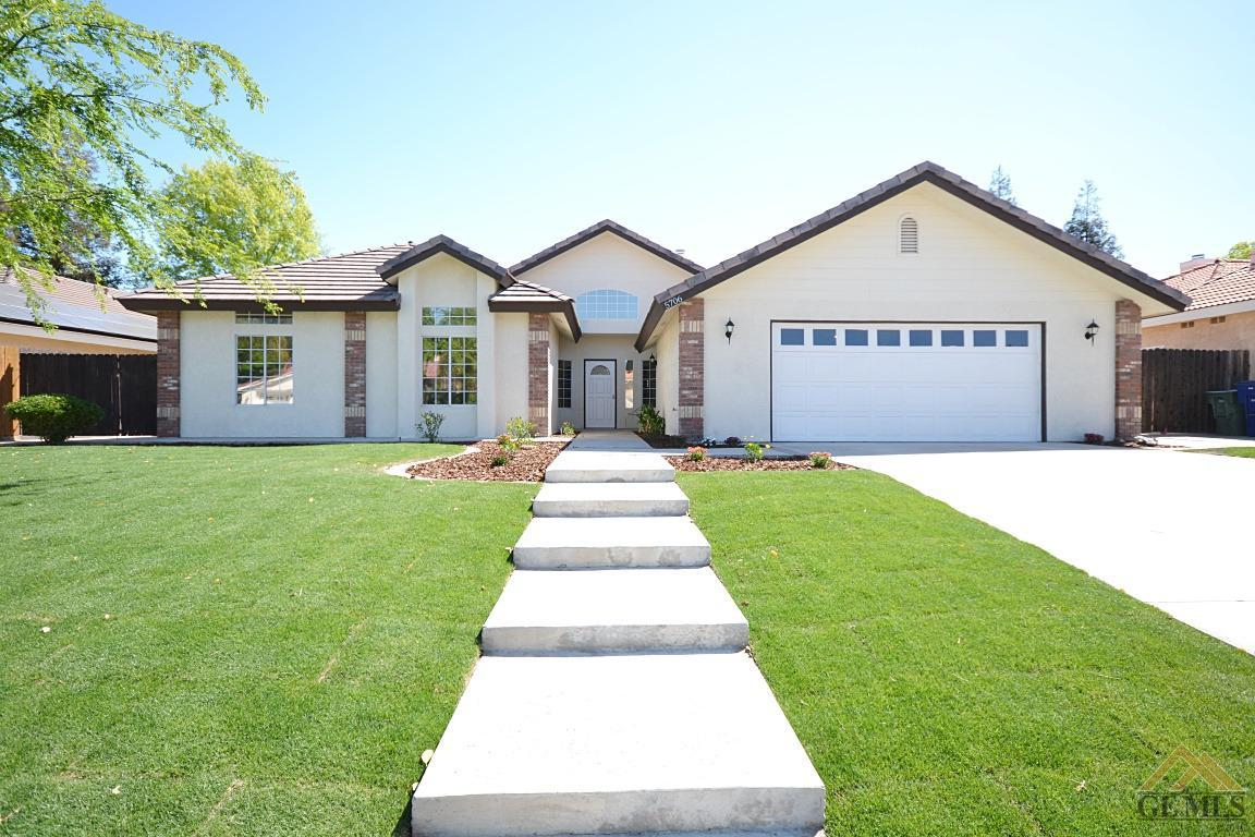 5706 Rockwell Dr, Bakersfield, CA 93308
