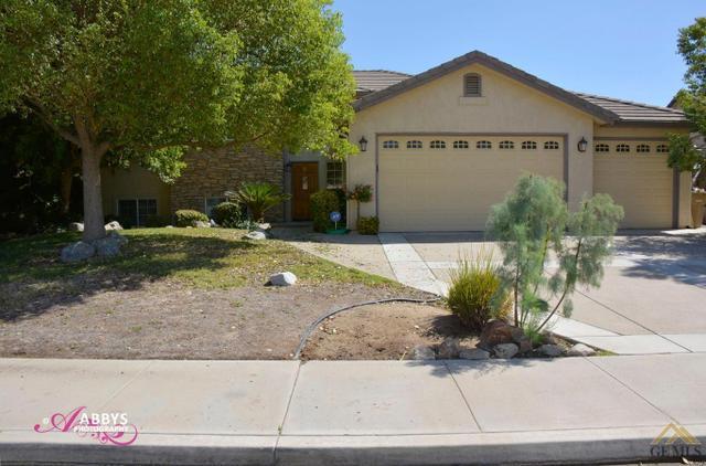 2444 Ollie Ct, Bakersfield, CA 93314